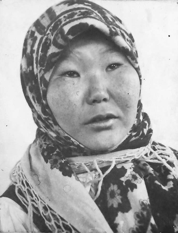 Посёлок Бараборка. Доярка колхоза «Новый путь» Абрамова Анна. 1940 год.