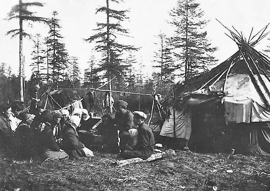 Посёлок Бараборка. Досуг в колхозе «Новый путь». 1940 год.