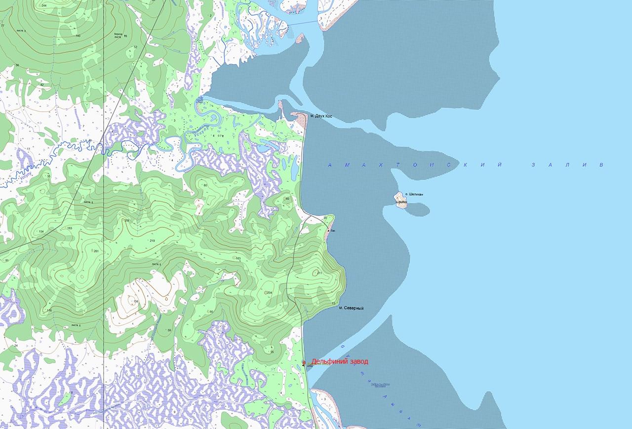 Карта бухты Амахтон и место, где был расположен «дельфиний завод».
