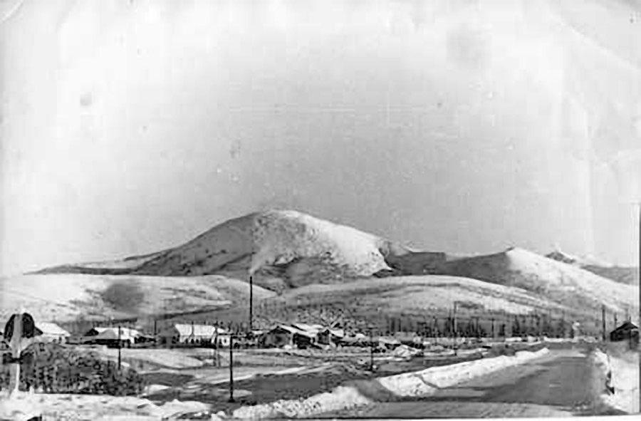 Посёлок Верхний Балыгычан. Вид с моста.