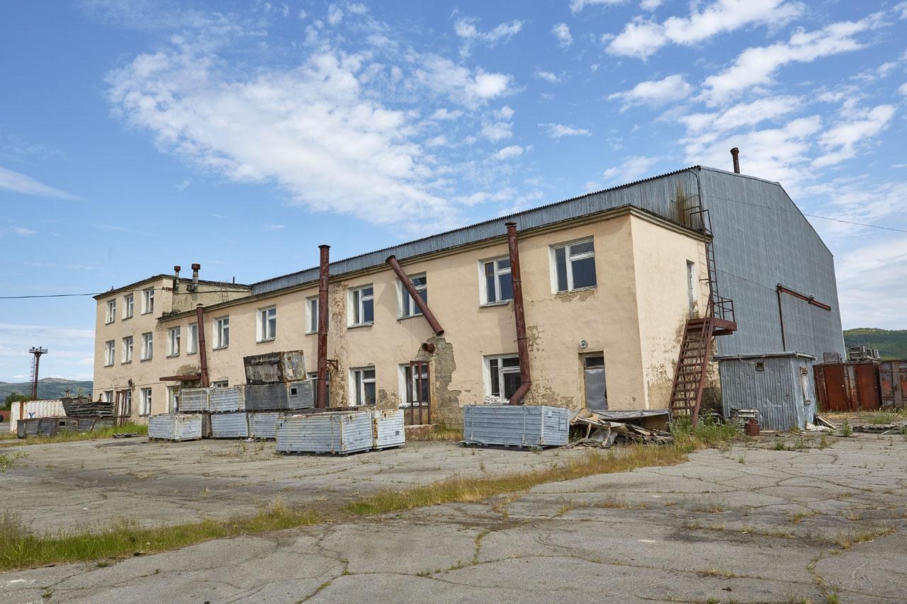 Одно из зданий 73-го завода.