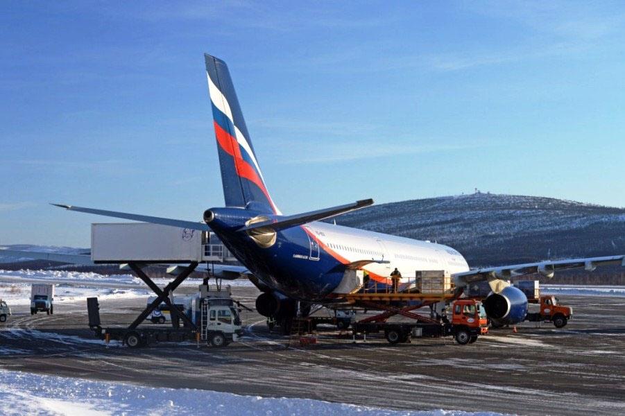 Подготовка Боинга к вылету. Аэропорт 56 км.