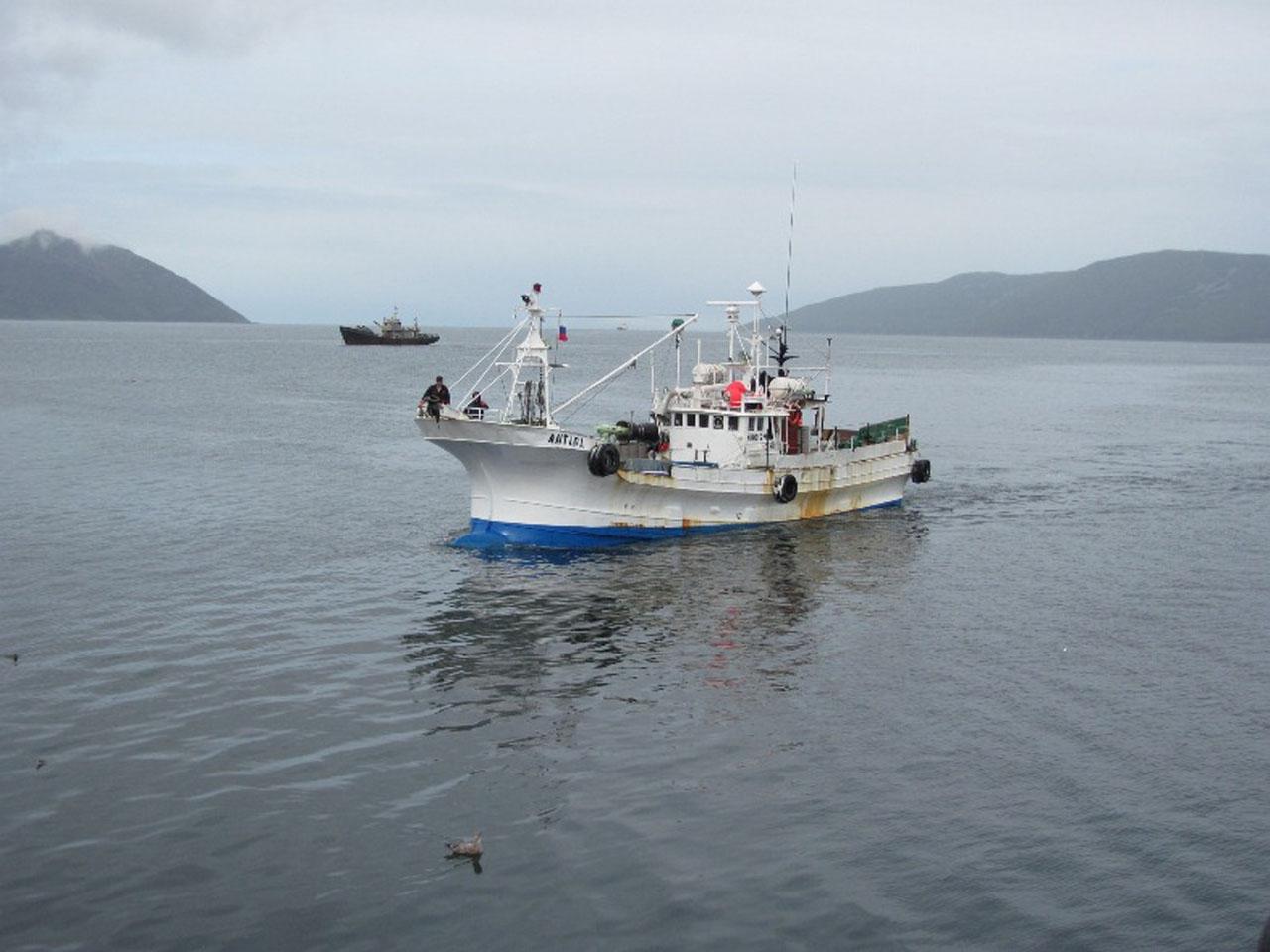 Малый рыболовный сейнер Антара.