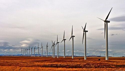 Ветряная электростанция в Крыму.