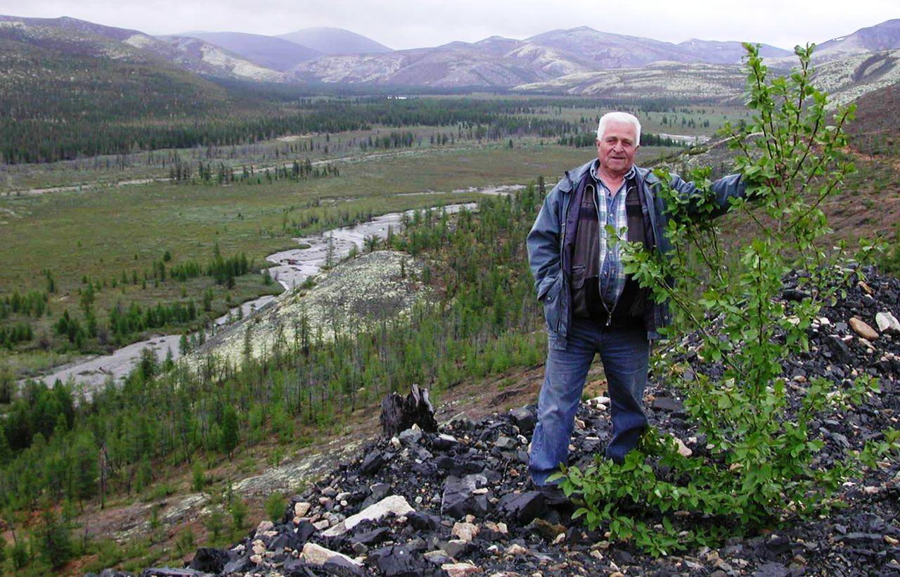 В.Е. Глотов.