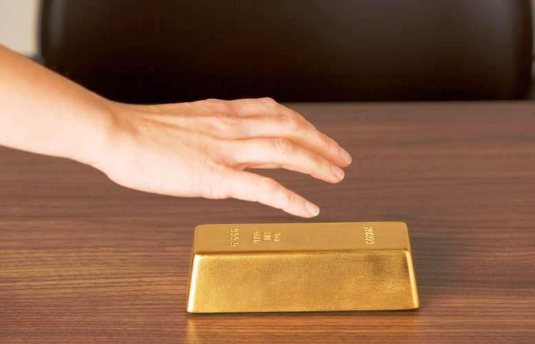 Золото манит..