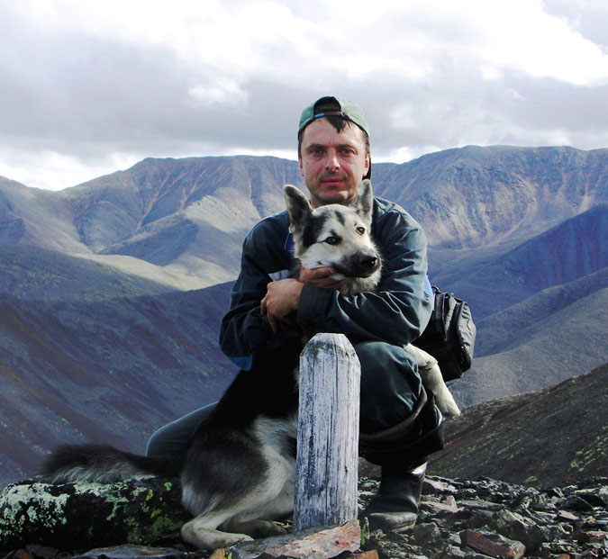 Андрей Лисицкий и верный пес Гром.