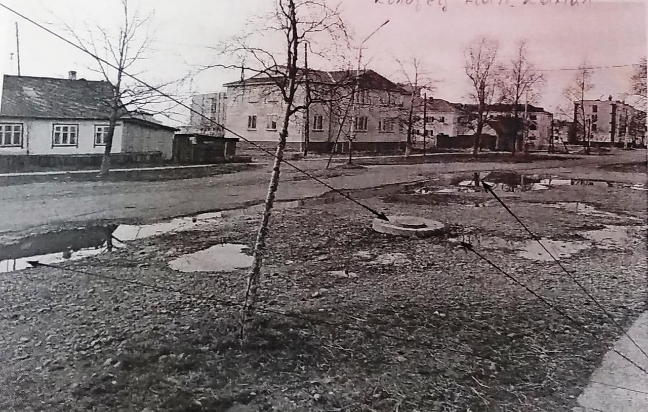 Разливы канализации в поселке, 2014 год.