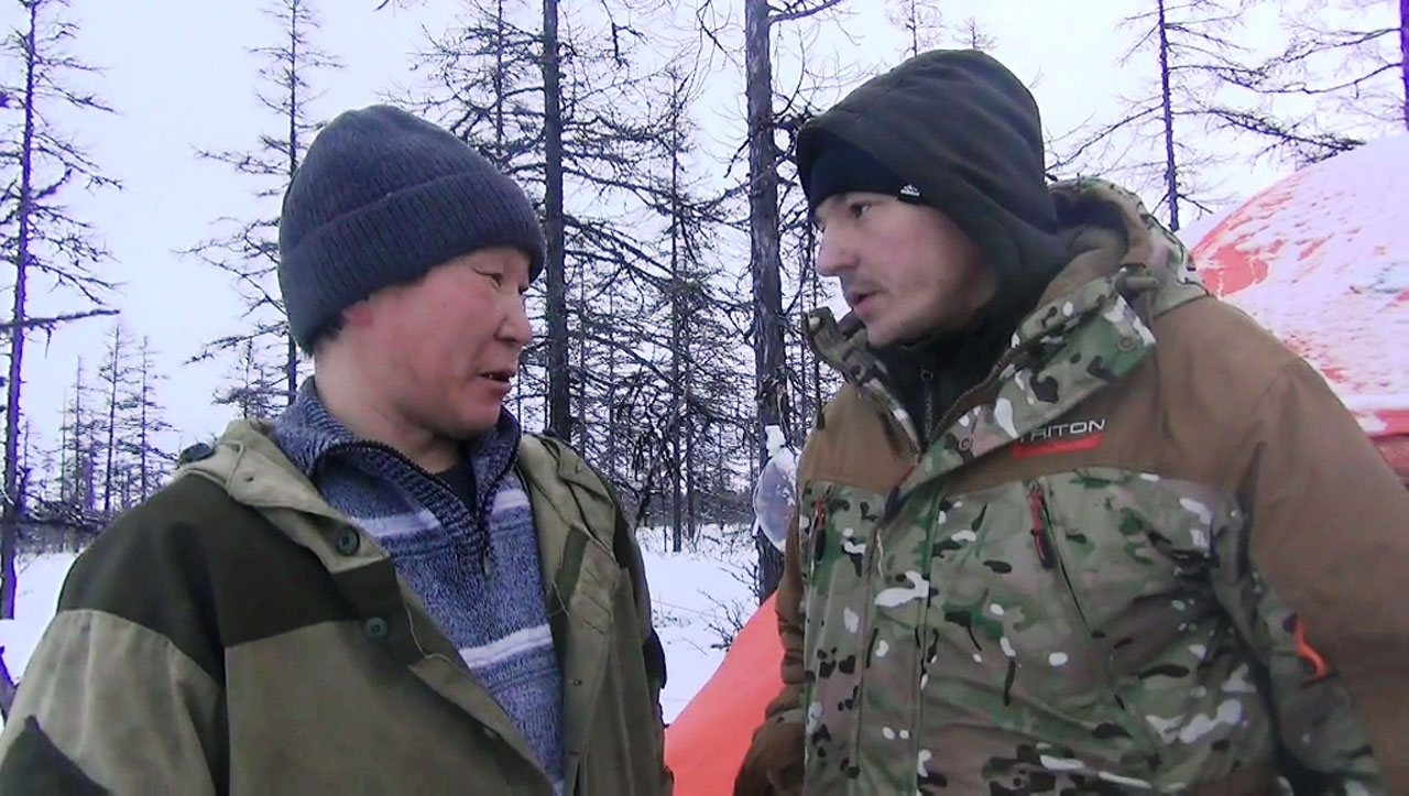 Глава КФХ Андрей Коркопский и глава МУСХП Александр Соловьев, пятая бригада, январь 2018 года.