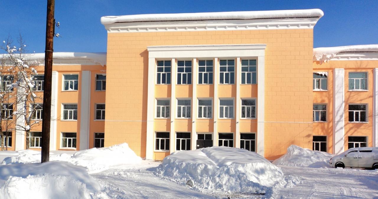 Дебинская больница - одна из старейших в области.