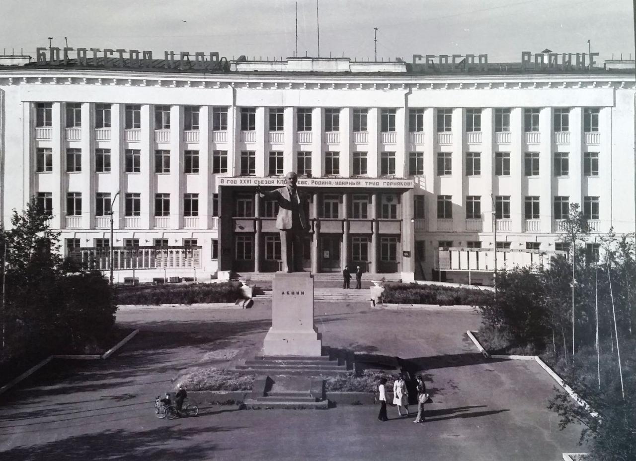 Вид здания СВЗ. 1982 год.