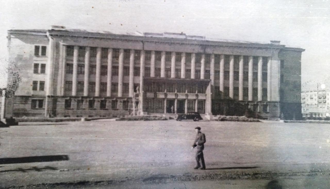 Так выглядело здание СВЗ в 1940-е годы.