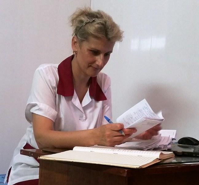 Старшая медсестра ЛФК Лучия Серая.