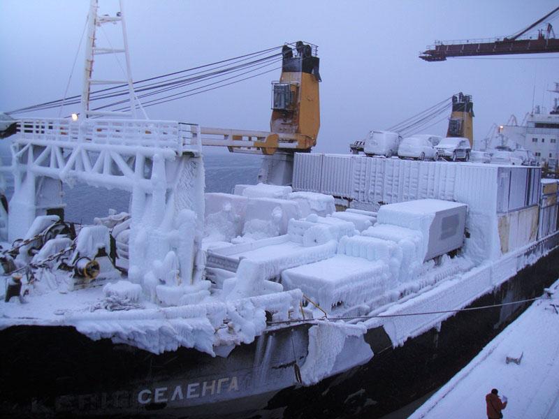 Испытательные модели прибыли в порт Магадан.