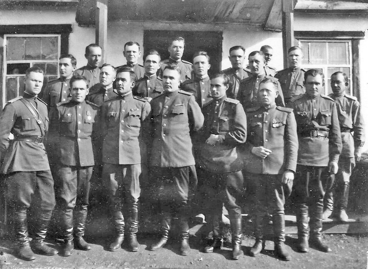 Офицеры — работники Заплага, Сусуман, 1949 год.
