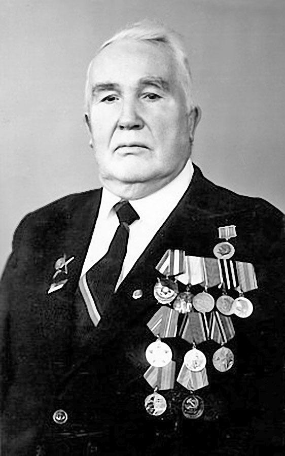 Папа, Николай Андреевич Аланов. 75-летний юбилей. Город Горький, 30 апреля 1985 года.