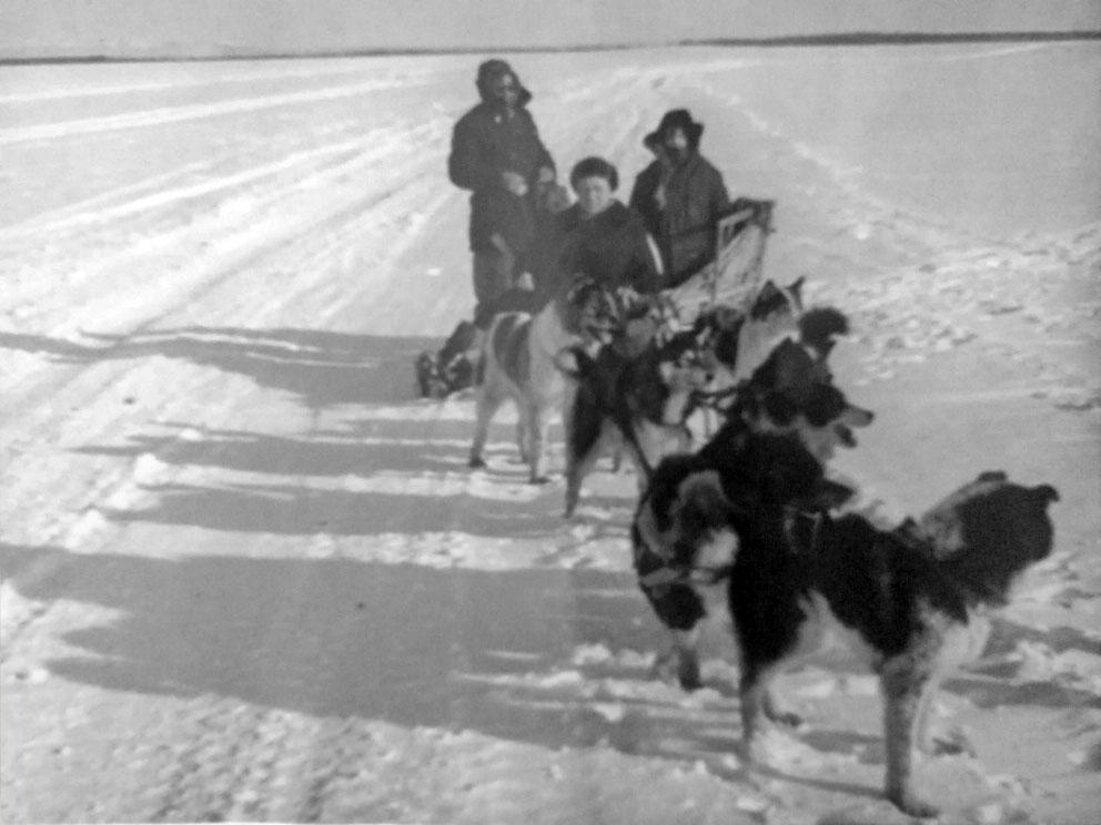 Порой Абраму Исаковичу в командировках по Магаданской области приходилось путешествовать и на таком транспорте.