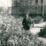 Возле дома. Магадан, 1960 год