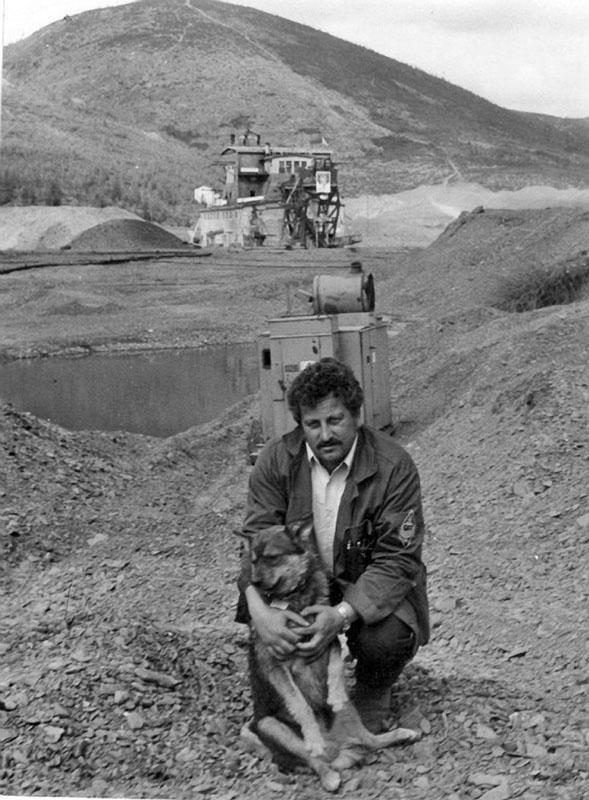 Павлов Ю.Я. - начальник драги № 175 Фото конца 80-х годов ХХ-го века.