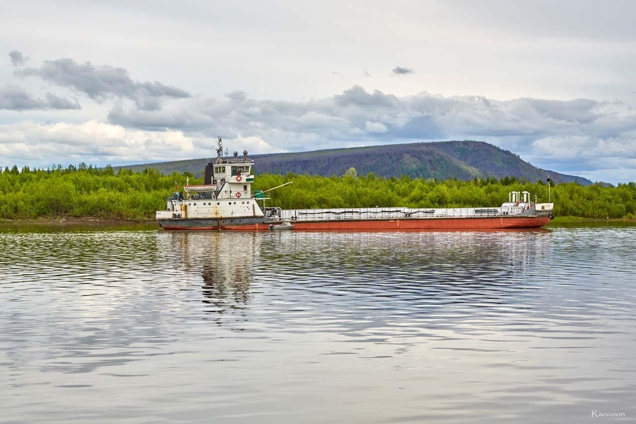 Судоходство на реке Колыма.