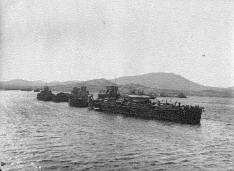 Суда Лено-Колымской экспедиции в Тикси. 1933 год.