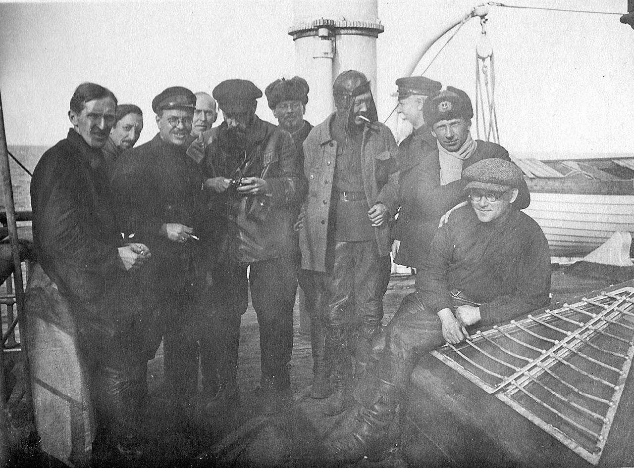 Руководство Северо-восточной полярной экспедиции 1932-33 годов.
