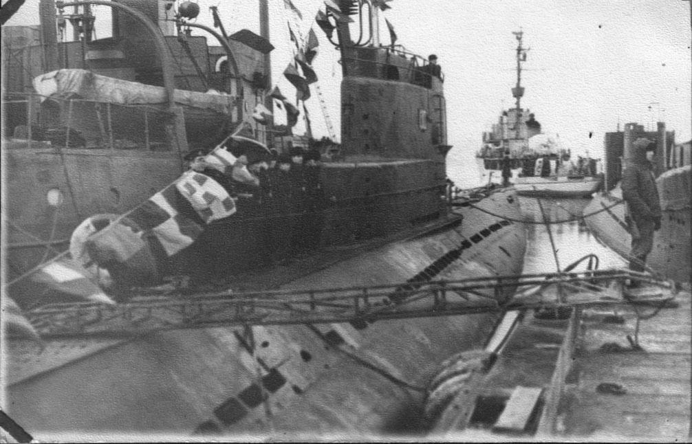 С-140 проекта 613В. Бухта Нагаева. Магадан. 1971 год.