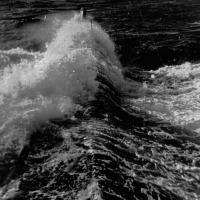С-176 торопится домой после автономки. Охотское море, самый полный ход. Лето 1981 года.