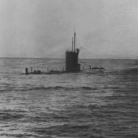 Подводная лодка в позиционном положении. Сейчас погрузимся... Авачинский залив, весна 1983 года. Лодка проходит проверку на шумность, готовимся к автономке
