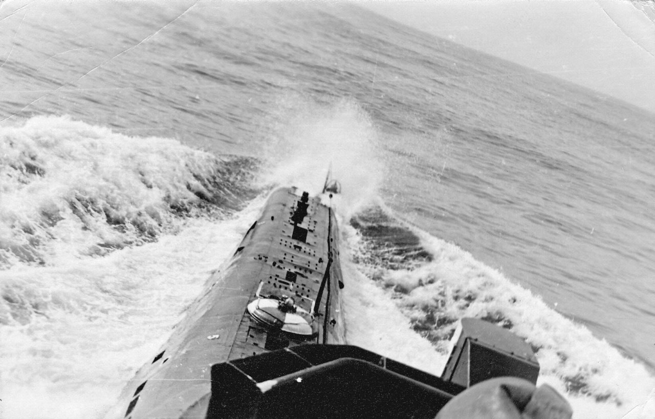 С-220 в море.