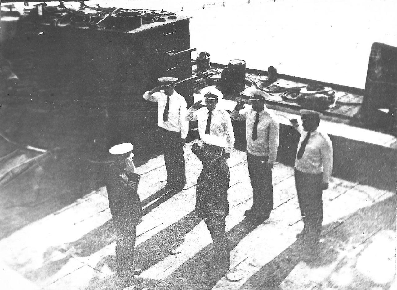 Встреча С-221 из автономного плавания летом 1982 года.