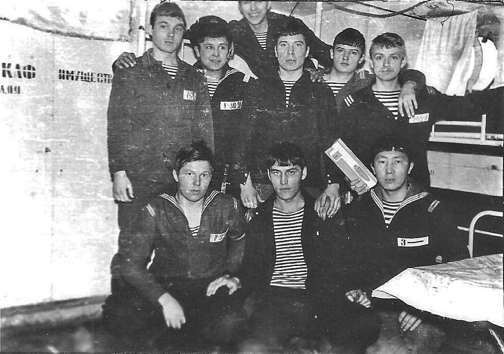 С-221, зимовка в Ракушке. Январь-Март 1981 года. Кубрик на плавбазе «Бахмут».