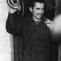 С-224. Командир отделения радиотелеграфистов ст. 2 ст. С. Мозолев в четвертом отсеке. 1974 год.