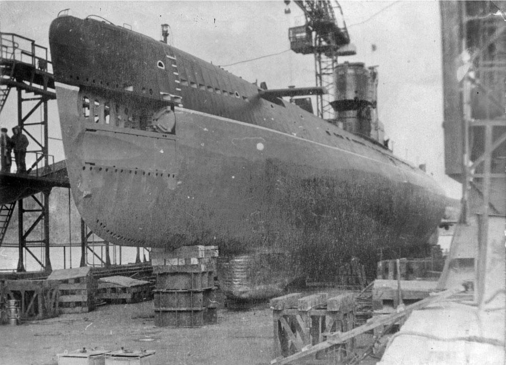 С-263 в доке на ремонте в г. Советская Гавань.