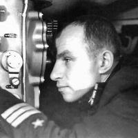 Командир С-286 капитан 3 ранга Брыскин Владимир Вениаминович.