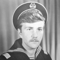 С-286. Радист Александр Бурков.