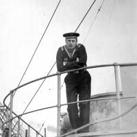С-288. На палубе плавбазы. Из архива Виктора Ряховского.