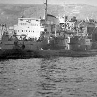С-327 и С-359 на своей базе. в бухте Нагаева г. Магадан.