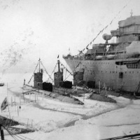 С-365. Город Магадан, бухта Нагаево. Зимовка 1971 год.