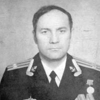 Командир С-365 капитан 2 ранга Рысаков.