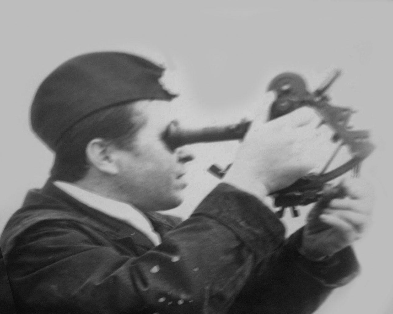 Командир С-365 капитан 2 ранга Холмовой. На С-365 он пришел командиром в 1975 году вместо капитана 2 ранга Жамалтдинова