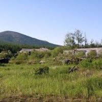 Аннушка. Руины общежития дорожников