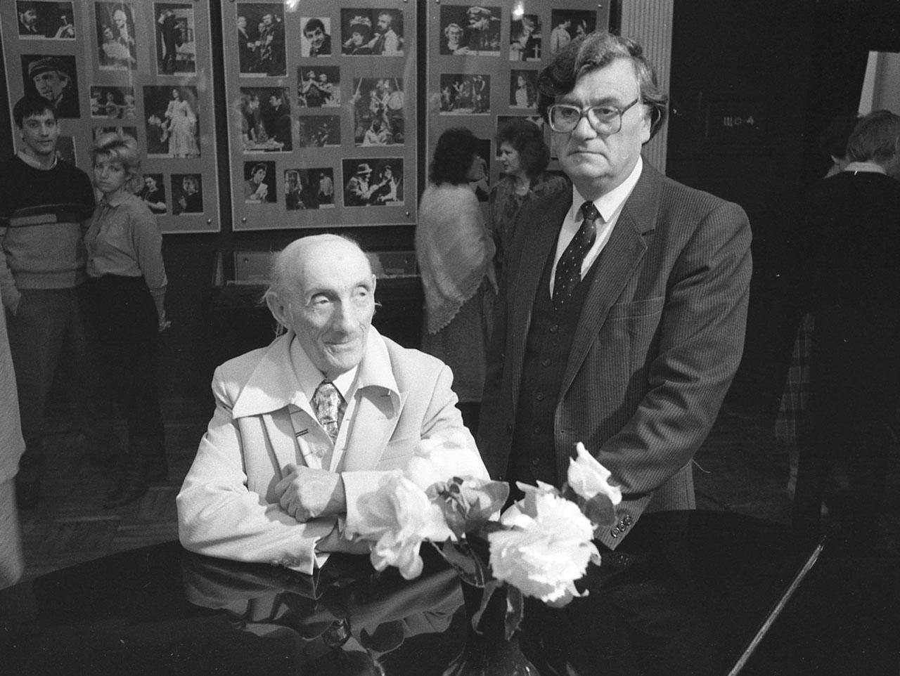 Художники Герц Шлосманис и Владимир Мягков, ноябрь 1992 года. Из архива Натальи Алексеевой.