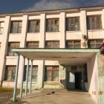 Омчак. Школа давно пришла в аварийное состояние.Ее закрыли только в этом году... Автор фото: Евгения Ильенкова