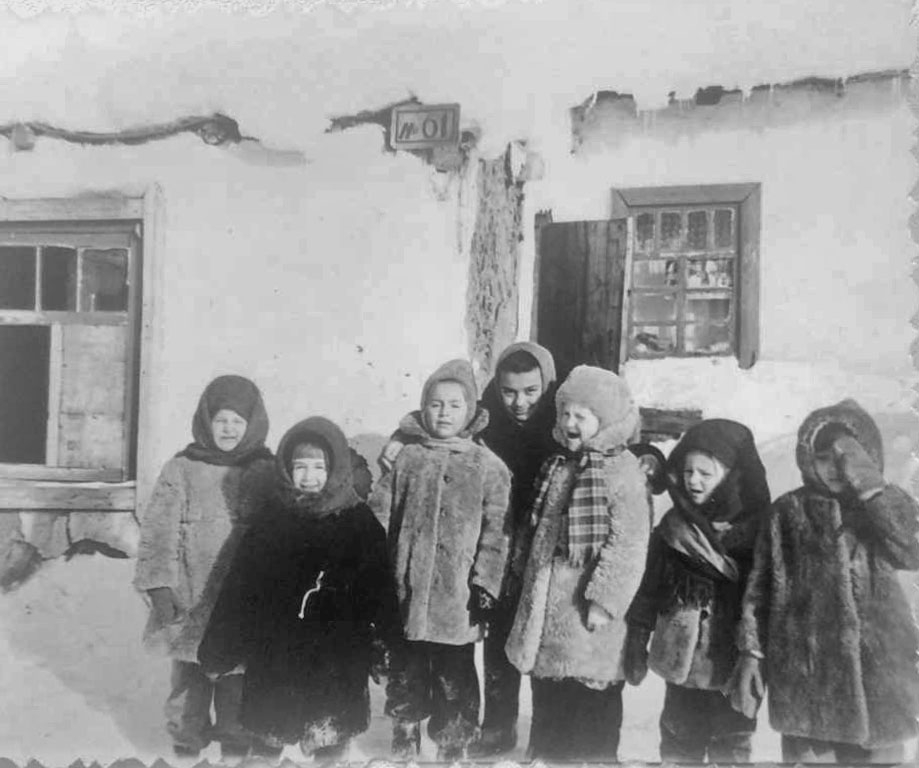 Дети посёлка Ремонтный.