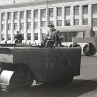 Здание Дома политического просвещения (ныне Молодежный центр), вступило в строй в 1966 году.