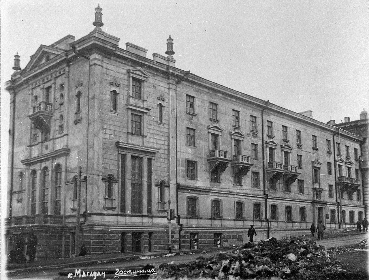 Гостиница «Центральная» на улице Ленина. 1949 год.