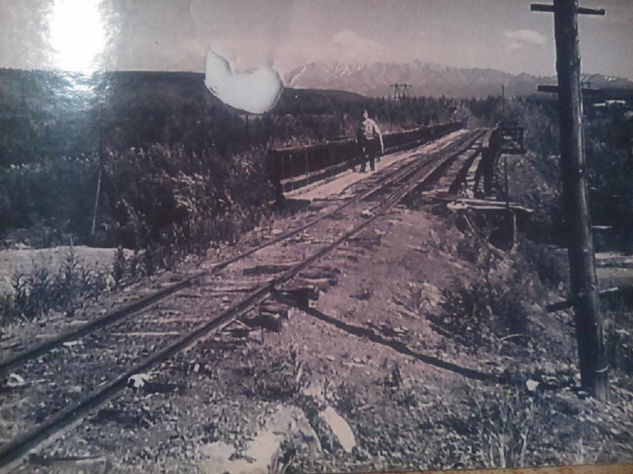 Железная дорога Усть-Таскан - Эльген.