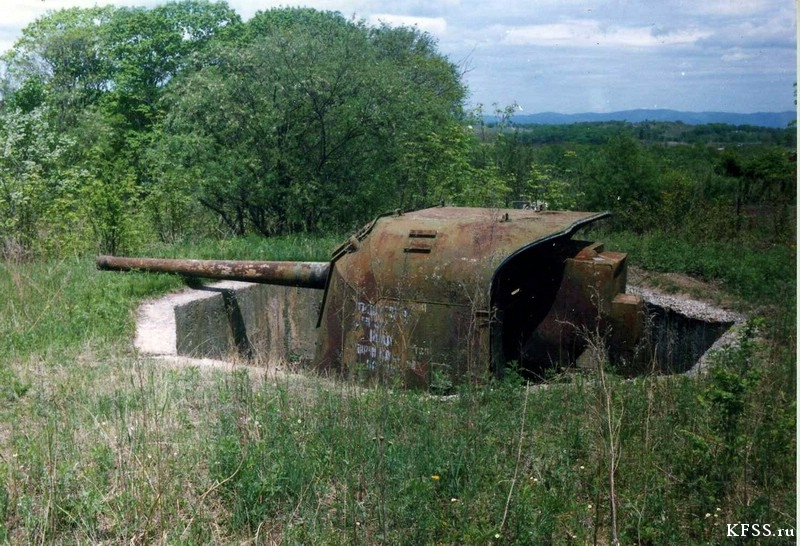 Пушка Б-13 с батареи № 9 «Ранетчина». Одна из батарей, прикрывавших Владивосток.