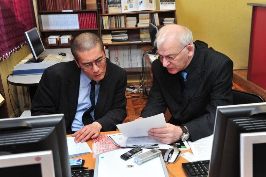 Эндо Ресукэ и Д.И. Райзман, 1.04. 2011 г.